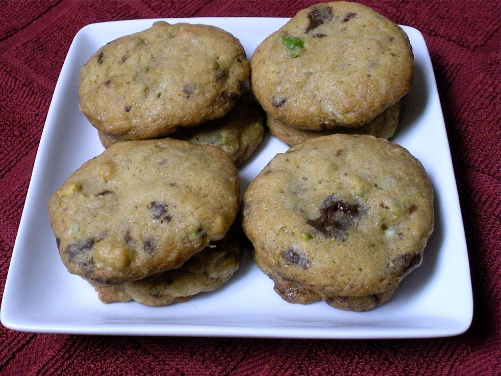 Mint Pistachio Cookies-Duo Dishes