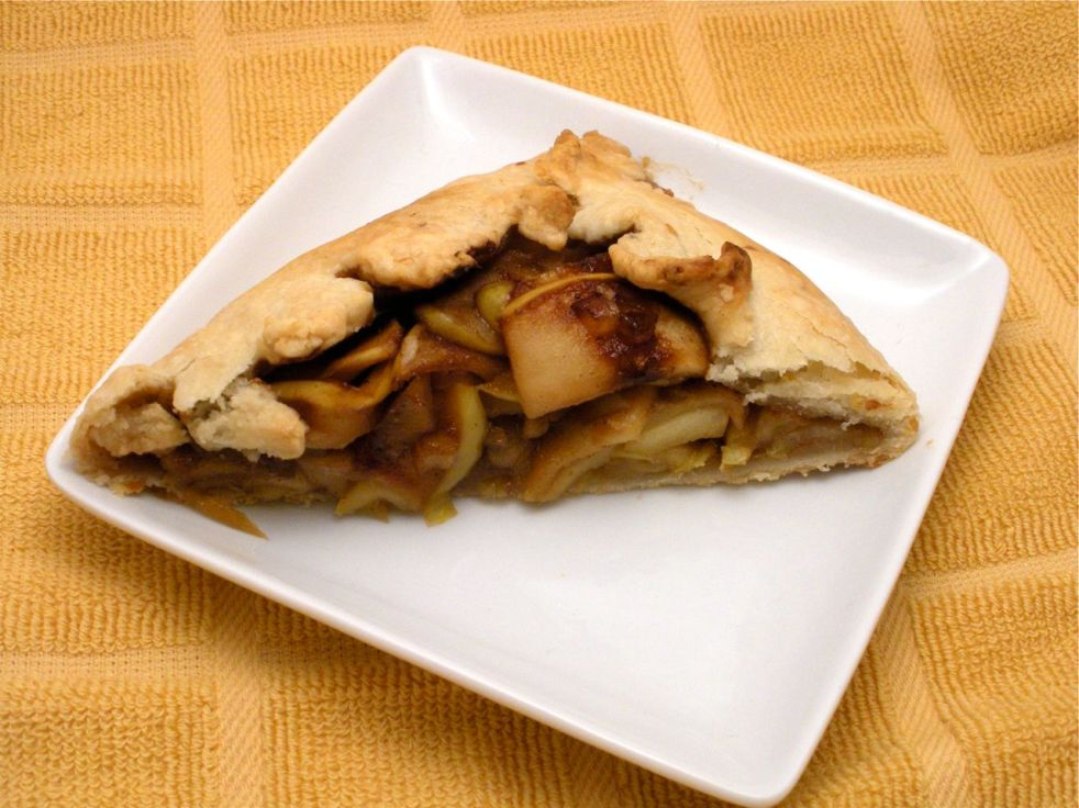 Apple and Pomegranate Galette-Duo Dishes