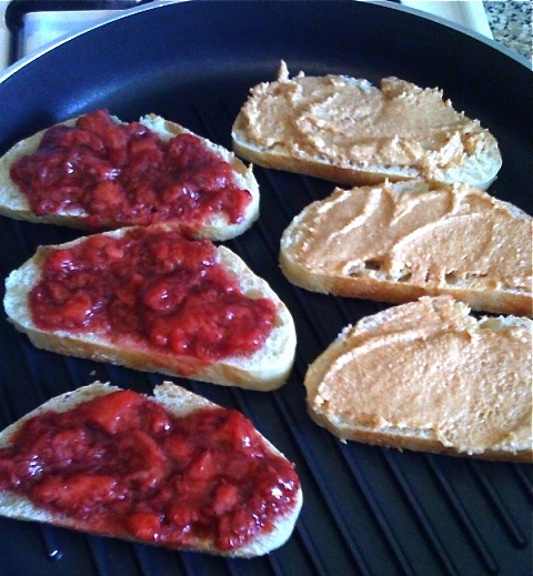 PB & J-Duo Dishes
