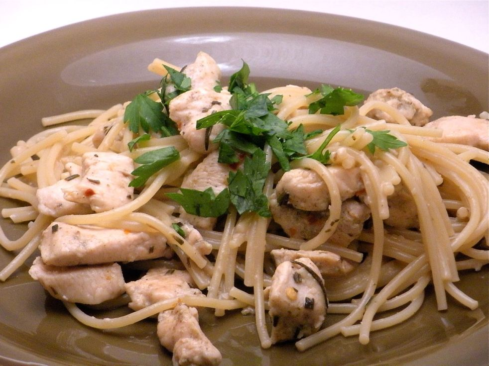 Chicken Pasta w/Anchovy Sauce-Duo Dishes