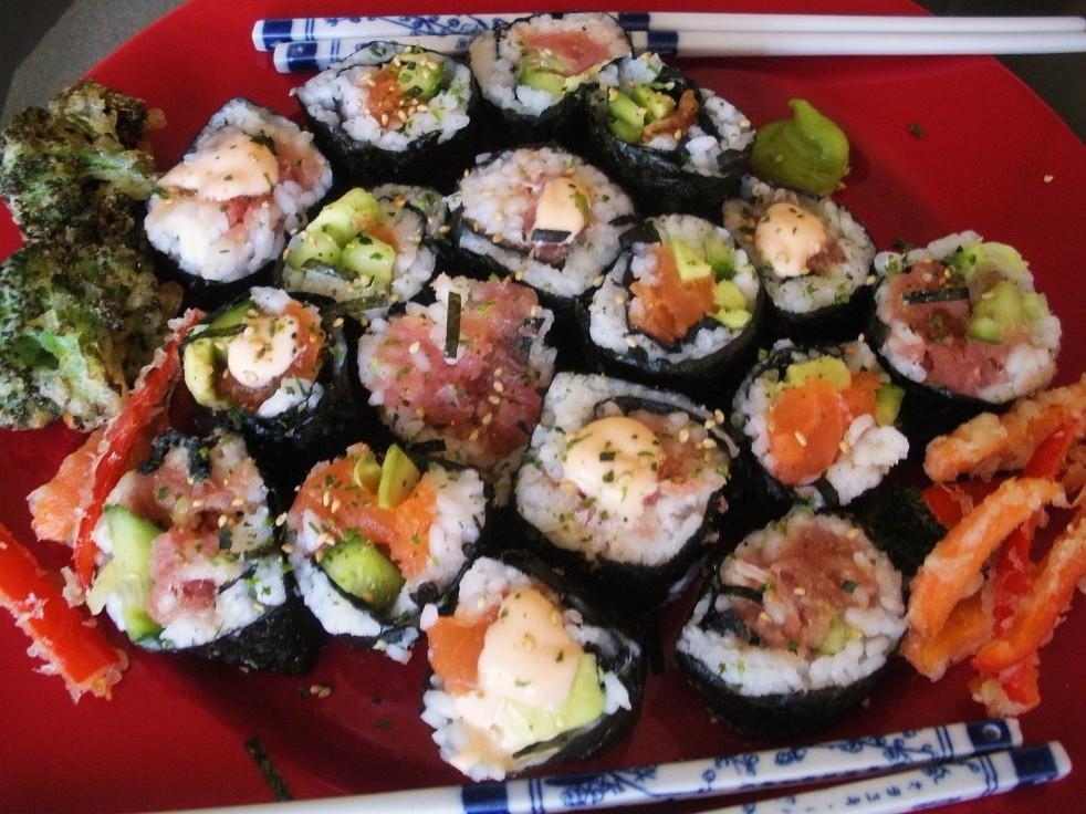 Salmon and Tuna Rolls-Duo Dishes
