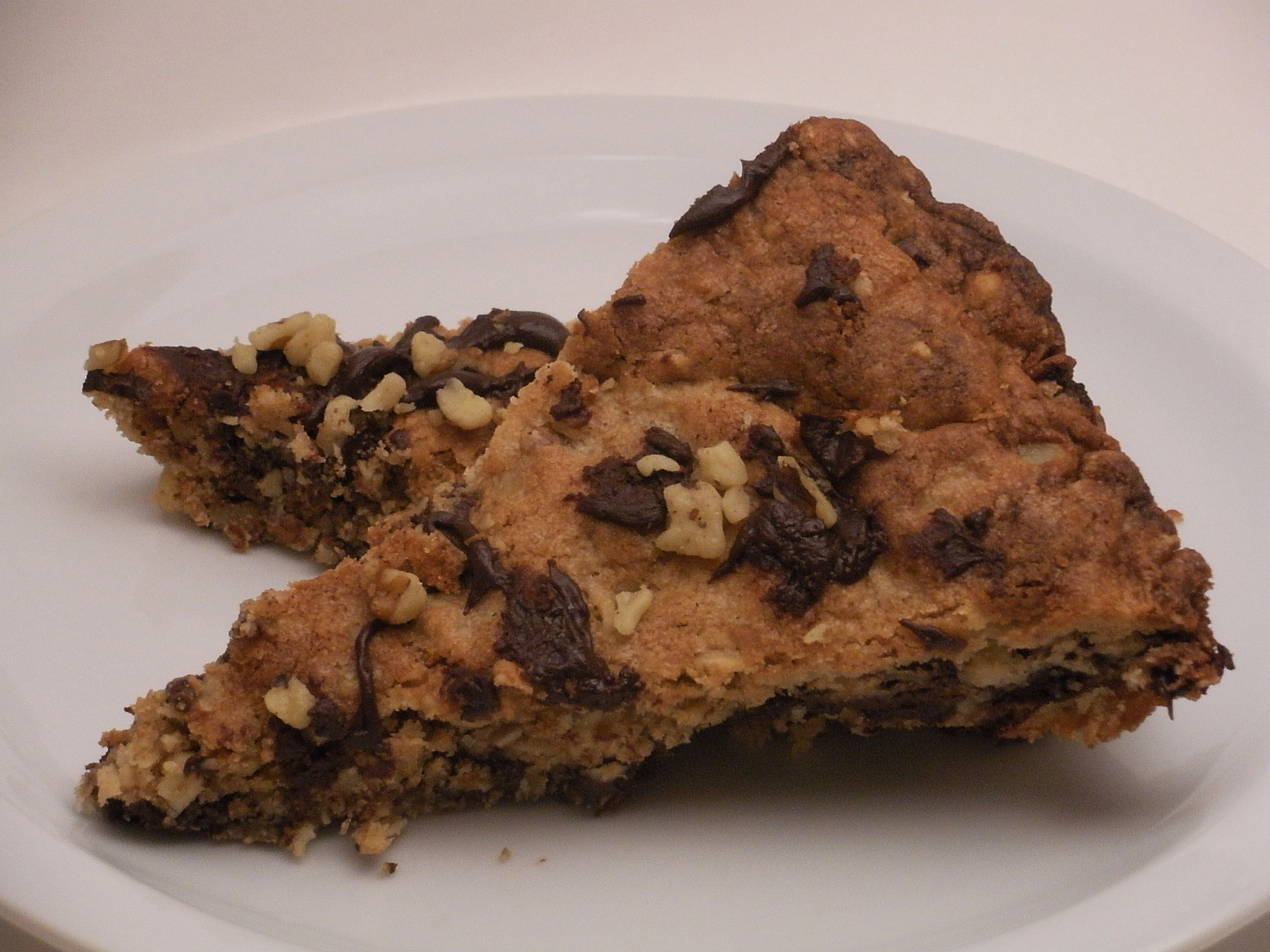 Chocolate Chip Cookie Pizza-Duo Dishes