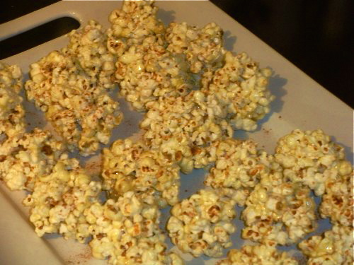 Mini popcorn balls-Duo Dishes